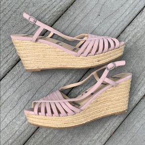 EUC Elle dusty pink esperadille wedge sandals